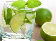 夏季清爽的柠檬饮料图片