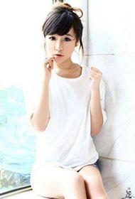 中国时尚模特纯白上衣人体写真