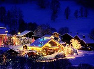 精美冬天小镇雪景桌面壁纸
