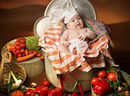 可爱厨师宝宝俏皮卖萌图片