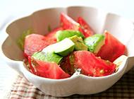 水果沙拉之牛油果和番茄的完美搭配