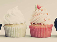 戚风杯子蛋糕香甜软绵