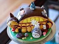 龙猫蛋糕图片精致造型惹人垂涎