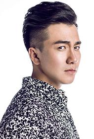 青丘狐传说演员翟天临展现电眼型男魅力