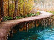 湖畔小桥浪漫乡村精致背景美图