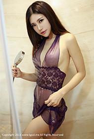 绮里嘉紫色睡衣浴室性感图片