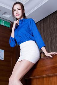 性感模特Dora蓝色制服丝袜诱惑写真