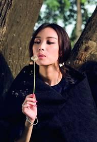 演员倪妮时尚封面大片 最美时尚女王驾到