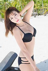 爱蜜社90后性感美眉程小烦沙滩写真