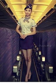 美丽气质空姐大秀高挑身材靓照