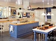 惬意舒适的地中海风格厨房装修图片
