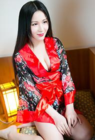 唐雨辰最新性感和服写真图片