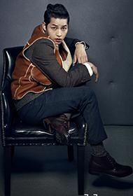 韩国男演员宋仲基代言时尚服饰宣传照