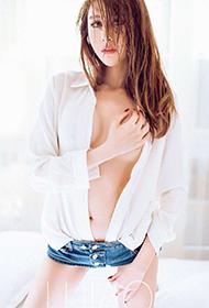 平面模特冯靖媛魅惑私房写真