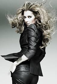 加拿大女歌手席琳·迪翁尽显个性狂野魅力