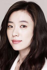 韩国女神级美女明星韩孝周清新时尚写真