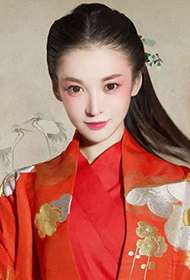 中国新生代女演员常乐演绎古典美人