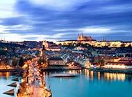 电脑壁纸高清全屏布拉格城市风光