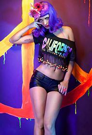 凯蒂·佩里玩转个性时尚性感美艳照