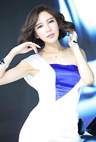 中国最美车模党佳妮身材极致性感