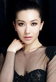 芈月传演员殷旭透视黑纱长裙性感写真