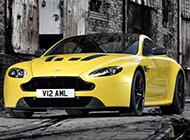 阿斯顿·马丁黄色V12 Vantage S汽车图片