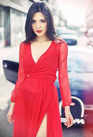 中国九头身美女赵茜街头写真