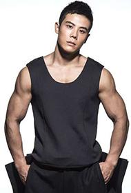 中国肌肉男神计耀胜大秀健硕身材