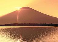 富士山上的浪漫夕阳精美背景图