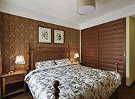 古朴典雅的实木衣柜图片