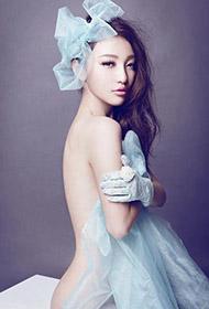 性感韩国美女大玩人体艺术诱惑