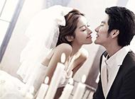 穿婚纱甜蜜浪漫情侣图片
