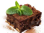 好看的方形巧克力蛋糕图片