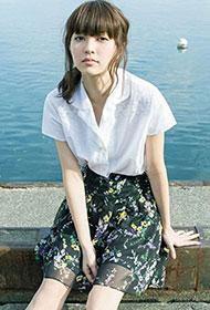 日本90后美女逢泽莉娜迷人写真