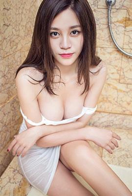 中国美女雨燕浴室性感人体艺术照