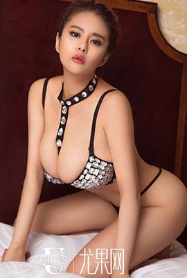 尤果网模特王莹性感丰满人体艺术写真
