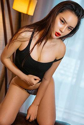 中国冷艳美女谭睿琪私房写真图片