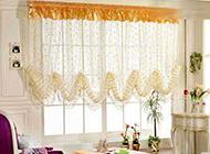 精美的小卧室窗帘装修效果图片