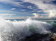 波涛汹涌的海浪高清图片