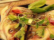 家常菜焖鱼头实拍图片