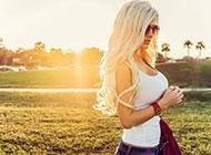 高清时尚欧美女人背景图片