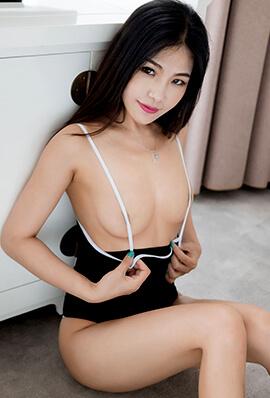 绝色尤物丁筱南性感人体私房写真