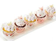 精美的奶油杯子蛋糕图片