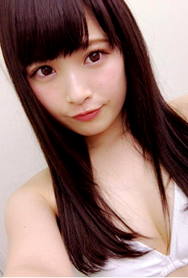 日本美少女水泽心爱可爱自拍照