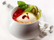 生津解渴的水果布丁图片