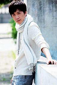中国男明星李智楠时尚街拍