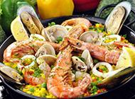 色香味俱全的西班牙海鲜饭图片