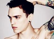欧美超拽男生纹身头像图片