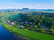 欧洲小镇唯美绿色风景壁纸