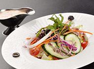 自制五彩蔬菜沙拉图片